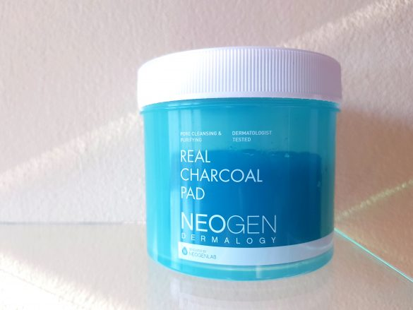Review: NEOGEN Dermalogy Real Charcoal Pads